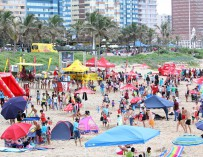 uShaka Beach fun with KFC Family Days and East Coast Radio