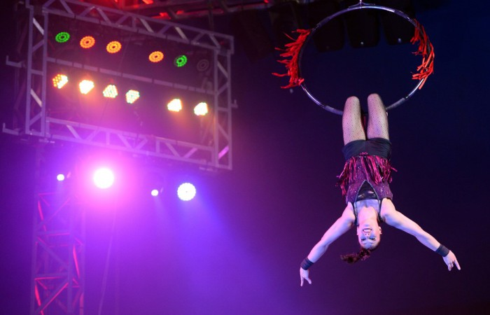 HIT ALL-HUMAN AUSSIE CIRCUS SPECTACULAR IS COMING TO DURBAN FOR THE SCHOOL HOLIDAYS