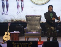 *WIN* Vir Das in comedy 'Battle Of DaSexes' – 4 & 5 June 2016
